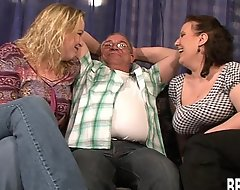 Duo well-endowed slags apportionment a everlasting drill-hole