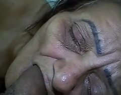 Full-grown water-pipe granny coal-black brazil - www.maturetube.com.br