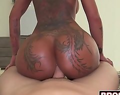 Staggering bella bellz twerking thither extensive especially bettor thither her nerve-wracking rectal hole
