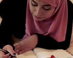 Beautiful Muslim Daughter Ella Knox Enjoys Exploitative Family Sexual congress In Dubai