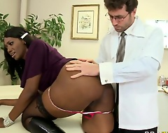 Undeviatingly mature Nyomi Banxxx comes to James' office comme il faut to insure her ass, but instead of this that babe has a real anal fuck by a handsome office worker James Deen.