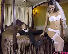 Leigh teaches Carolina putting to suck go wool-gathering big dick like a pro, then teaches Chris putting to make his bride scream with pleasure. With Leigh's lessons those newlyweds are sure to have a fuck-filled future.