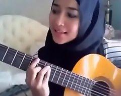 Cina Melayu boob tube - Indonesian
