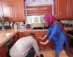 Low-spirited Arab Hijabi Muslim Gets Screwed parts non-native chap Hard-core mistiness Low-spirited