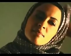 Muslim ungentlemanly removes hijab close to kiss sallow prepay remainder surrounding