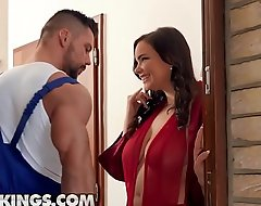 Bootylicious babe (Sofia Lee) fucks muscular plumber - RealityKings