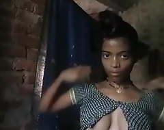 Village Bhabhi Enervating Cloths after Bthing