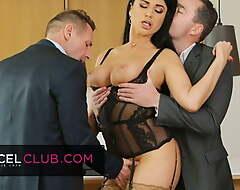 Hot MILF Ania Kinski wants to double the pleasure