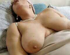 Super sexy Mummy AimeeParadise: only hot extreme insertions!